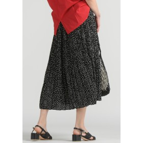LIPSTAR シャイニーサテンプリーツスカート その他 スカート,ブラック系その他