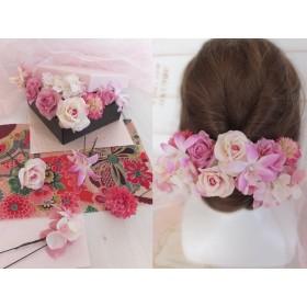 ピンクのバラとマムの可愛い 和装 洋装 ヘアパーツ