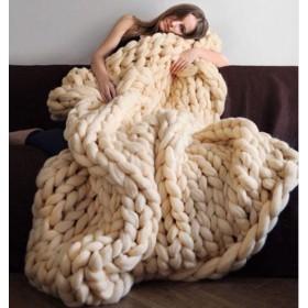 アマゾンヒット!手編み毛布 かさばるニットアームニット厚手ウール糸毛布 ブランケット 写真毛布 柔らかい 暖かい 厚手 エアコンふとん ひざ掛け 防寒 冷房対策 昼寝に対応 チャンキー