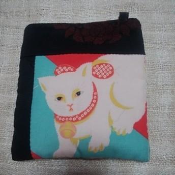 和布で創る小さなポシェット◆白猫◆アンティーク錦紗◆漆◆