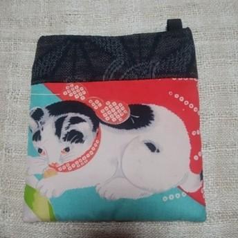 和布で創る小さなポシェット◆白黒ブチ猫◆アンティーク錦紗◆泥大島