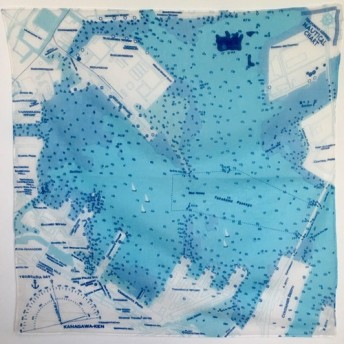 大好きな海を身に着けよう。 マップスカーフ 横浜港海図