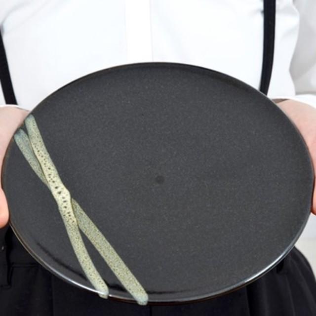 黒平皿 小石原焼 マルダイ窯