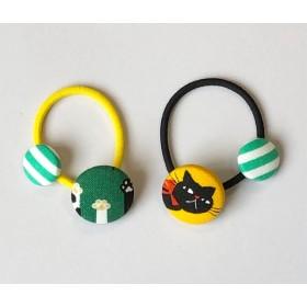 くるみボタン の ヘアゴム  2個セット  ☆ 黒ねこ + ネコの手
