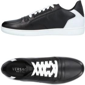 《セール開催中》VERSACE メンズ スニーカー&テニスシューズ(ローカット) ブラック 44 山羊革 牛革(カーフ)