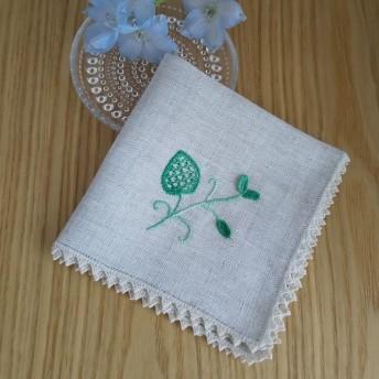 リネンのハンカチ 新芽のシュヴァルム刺繍