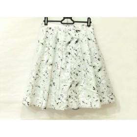 【中古】 アプワイザーリッシェ Apuweiser-riche スカート サイズ2 M レディース 白 黒