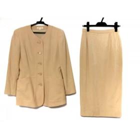 【中古】 ヨシエイナバ YOSHIE INABA スカートスーツ サイズ9 M レディース ベージュ 肩パッド