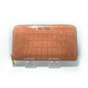 94d7da3fdf5d ミュウミュウ miumiu 長財布 レディース - ピンク ラウンドファスナー/型押し加工 レザー【