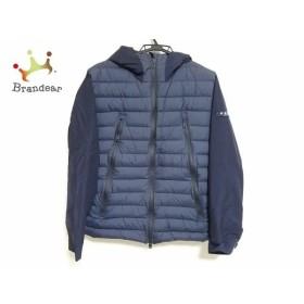 タトラス TATRAS ダウンジャケット サイズ04 XL メンズ 美品 MTK18A459 ネイビー 冬物  値下げ 20191011
