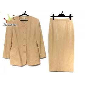 ヨシエイナバ YOSHIE INABA スカートスーツ サイズ9 M レディース ベージュ 肩パッド   スペシャル特価 20190704