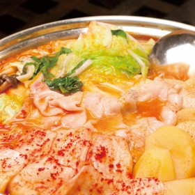 【超本格_韓流キムチチゲ鍋セット6人前】高知県産いも豚+白菜キムチ+チゲ鍋の素(高知県産のお米付き_)(セット)