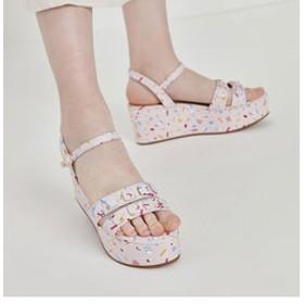 【CHARLES & KEITH:シューズ】【2019 SUMMER 新作】ダブルストラップ プリントファブリック フラットフォームサンダル / Double Strap Printed Fabric Flatform Sandals