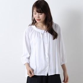 リネンレーヨン素材のナチュラルなロールカラーシャツ