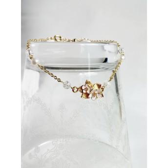 【ボタニカル】白い小花とパール・水晶のブレスレット