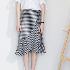 韓国ファッション 春 韓国 ミモレ丈 ラッフルフリルのアシンメトリーギンガムチェックスカート