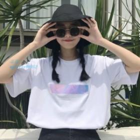 女 子韓国スタイルオル原宿レーザーレタープリント Tシャツファム半袖全試合白シャツ学生クールトップス