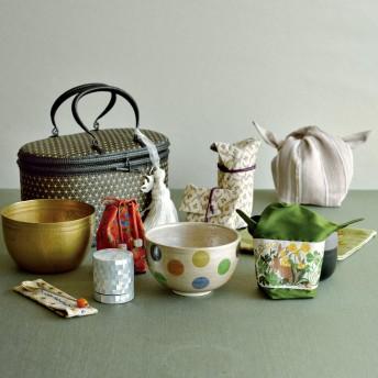 【婦人画報】佐々木文代さんの水玉茶碗のグリーン茶籠セット