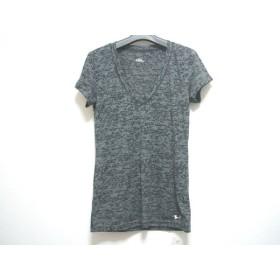 【中古】 アンダーアーマー UNDER ARMOUR 半袖Tシャツ サイズSM レディース グレー 黒 迷彩柄