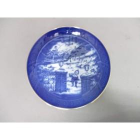 【中古】 ロイヤルコペンハーゲン プレート 新品同様 ネイビー 白 クリスマスプレート2003 陶器