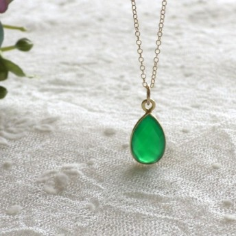 天然石★ヴェルメイユ枠 グリーンオニキス 一粒ネックレス