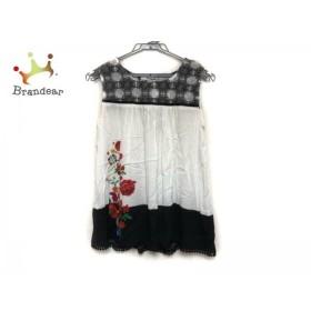 デシグアル Desigual チュニック サイズXS レディース 美品 白×黒×マルチ 花柄   スペシャル特価 20190717