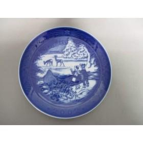 【中古】 ロイヤルコペンハーゲン プレート 新品同様 ネイビー 白 2002年イヤープレート 陶器