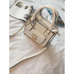 雑誌に掲載された人気バッグ・芸能人愛用のバッグ ショルダーバッグ スタイリッシュ カジュアル バッグ /通勤・通学にもオススメ 韓国ファッション リュック ハンドバッグ