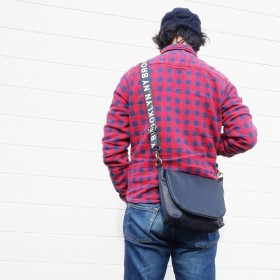 ショルダーバッグ - アクセサリーショップPIENA バッグ ショルダーバッグ メンズ レディース ロゴ ショルダー アメリカタグ フェイクレザー キーズ Keys