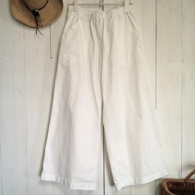 チノ 白 ワイドパンツ 後ろポケット付き M 6L 大きいサイズもあります