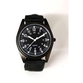 (ninon/ニノン)【蓄光】 ミリタリーウォッチ/ユニセックス腕時計 レディース/レディース ブラック