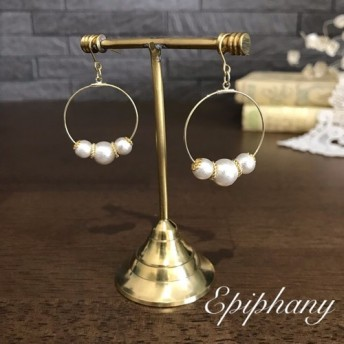 [ear-111wh] 3粒コットンパールのフープピアス/イヤリング ホワイト