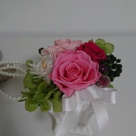 大人可愛い…。 優しいピンク色の薔薇でアレンジメント。