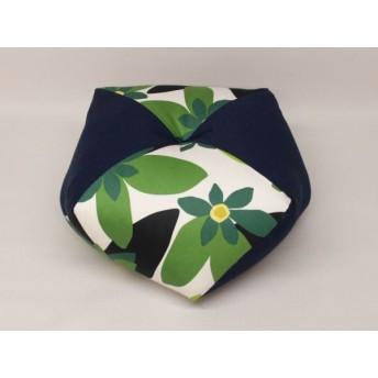 手作りあぐら座布団 おじゃみ(お手玉)の形をした可愛らしい座布団。 正座やあぐらで楽に座れます。上質な木綿わた使用し丁寧にお仕立てます。 マランタグリーン/無地コン g850
