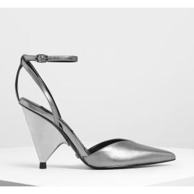 ヴィカット アンクルストラップコーンヒール / V-Cut Ankle Strap Cone Heels (Silver)