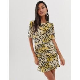 エイソス レディース ワンピース トップス ASOS DESIGN ruched side mini dress in natural tiger print Tiger print