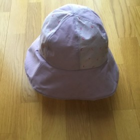 パープル×花柄の帽子