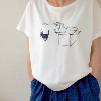 ☆送料無料☆ドルマンスリーブTシャツ「ねこびっくり!」