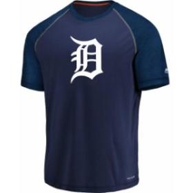 Majestic マジェスティック スポーツ用品  Majestic Detroit Tigers Navy Got the Word Cool Base T-Shirt