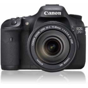 Canon デジタル一眼レフカメラ EOS 7D レンズキットEF-S15-85mm F3.5-5.6 I(中古品)