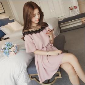 人気商品やせ見えも確実 バイカラー袖ポイントストライプ柄シャツを着こなして爽やかな春コーデに すべての(韓国ファッション)の商品を見ます