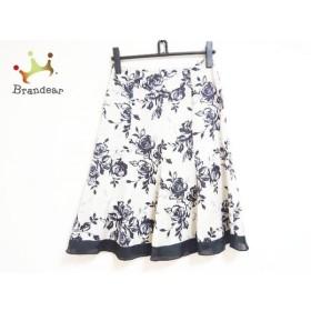 ニジュウサンク 23区 スカート サイズ38 M レディース ベージュ×黒×グレー 花柄   スペシャル特価 20190902