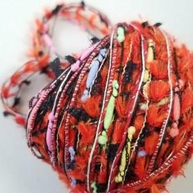(3)A366「手染め黒い雨粒 (1)」素材糸 引き揃え糸