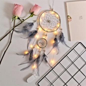 ドリームキャッチャーの羽の魅力の文学的な誕生日プレゼント、友達へのプレゼント、手作りのプレゼント