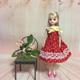 No.1571リカちゃんの真っ赤な花柄のワンピース
