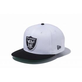 【ニューエラ公式】 9FIFTY オークランド・レイダースシールドロゴ ホワイト × ブラック ブラックバイザー メンズ レディース 57.7 - 61.5cm NFL キャップ 帽子 11308458 NEW ERA