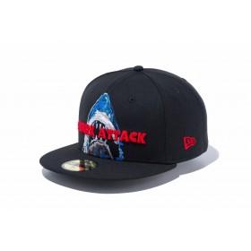 【ニューエラ公式】 59FIFTY JAWS ジョーズ シャークアタック ブラック メンズ レディース 7 (55.8cm) キャップ 帽子 11909232 コラボ NEW ERA