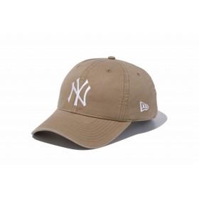 【ニューエラ公式】 9TWENTY クロスストラップ ウォッシュドコットン ニューヨーク・ヤンキース カーキ × ホワイト メンズ レディース 56.8 - 60.6cm MLB キャップ 帽子 11434003 NEW ERA