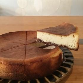 まぁ坊豆腐店の豆腐と柚子のベイクドチーズケーキ