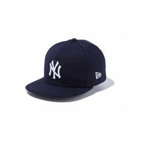 NEW ERA ニューエラ キッズ 9FIFTY ニューヨーク・ヤンキース ネイビー × ホワイト スナップバックキャップ アジャスタブル サイズ調整可能 ベースボールキャップ キャップ 帽子 男の子 女の子 49.2 - 53cm 11596317 NEWERA